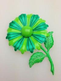 £30.00 - Vintage 60s Large Green Metal Enamel Flower Brooch
