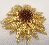 £19.00 - Vintage 60s Signed Sarah Cov Fabulous Gold Amber Glass Flower Brooch